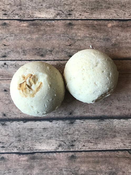 Bath Bomb- Oatmeal