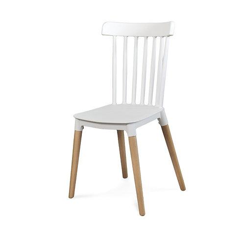 Drewniane krzesło - Wall