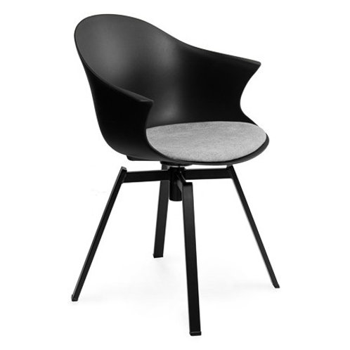 Krzesło czarne obrotowe Kornel 33
