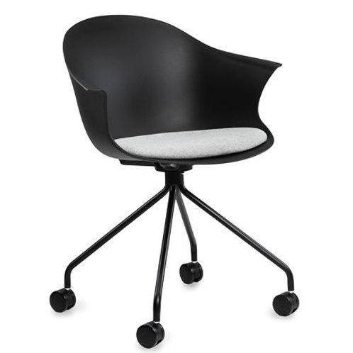 Krzesło czarne obrotowe na kółkach  Larson 441