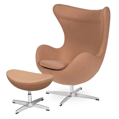 Fotel EGG CLASSIC z podnóżkiem - pralinowy beżowy