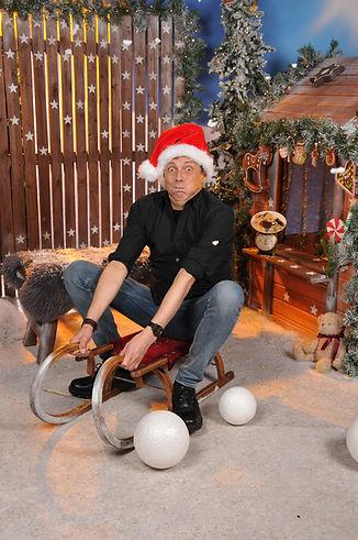 Georgie Carbutler - Weihnachten - 9.jpg