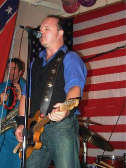 kev and guitar