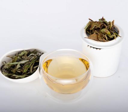 bai mu dan tè bianco