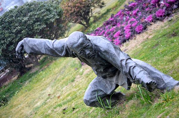martial-arts-statue.jpg
