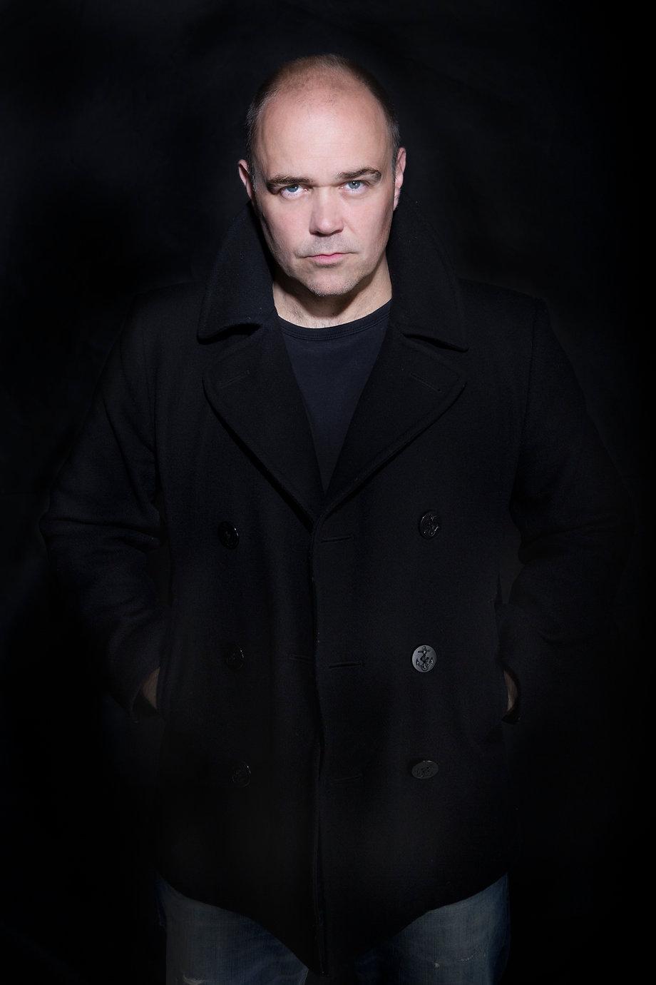 Chris Holland Singer, Les Miserables, Actor, Singing Lessons