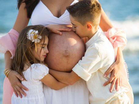 Sesiones de embarazo bajo la luz de Gran Canaria