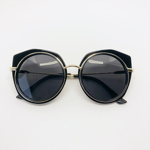 Black retro look Kids sunglasses with cutout edgePolarised&UV protection