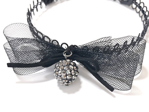 Bow Metallic Choker