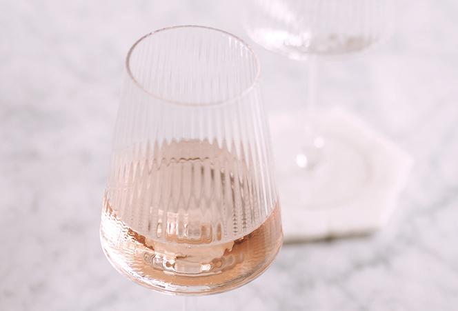 WHITNEY WINE GLASS