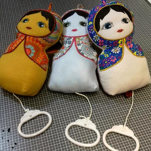 Kit des 3 poupées à coudre