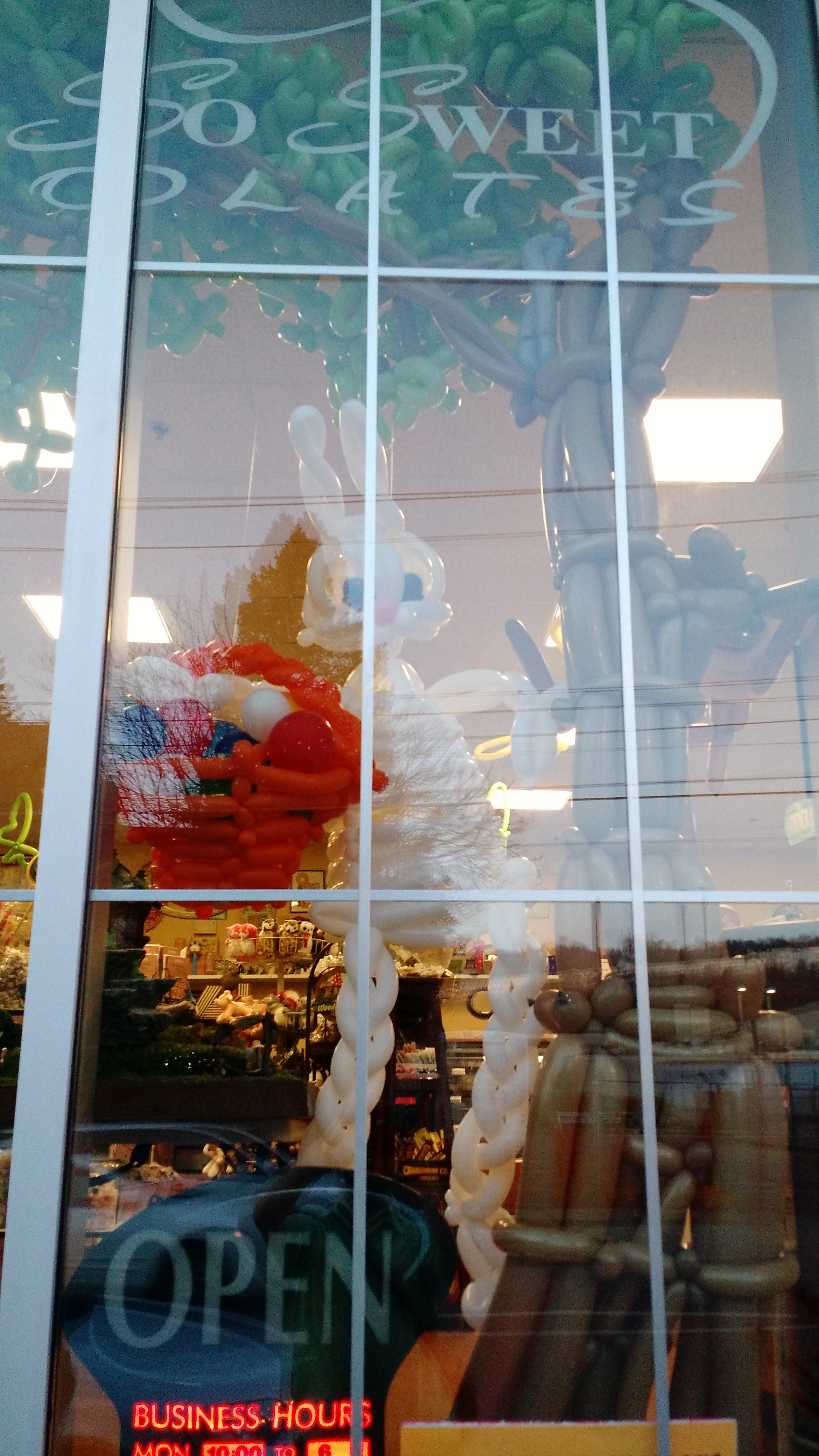 storefront Easter balloons