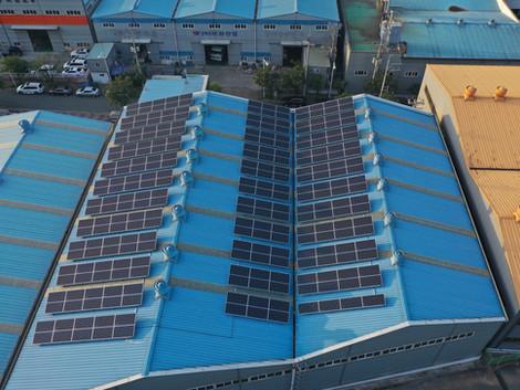 퓨리콤프인터내셔널 태양광 발전소