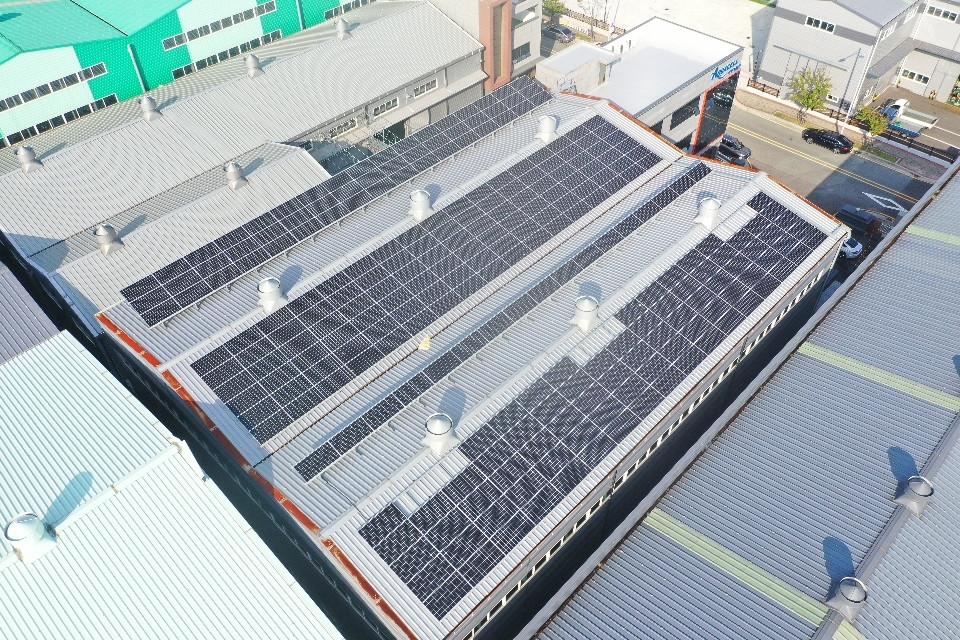 아쿠아셀 태양광발전소 89.6 [KW]
