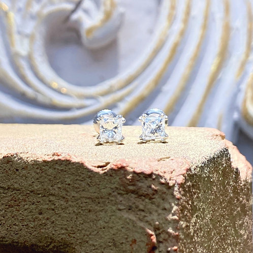 1.56ct. Princess Diamond Earrings