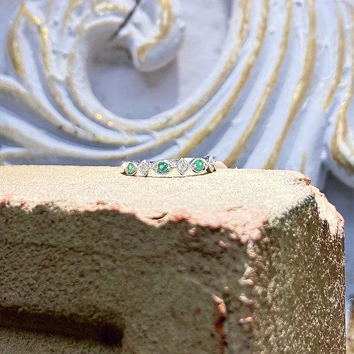 10k White Gold Diamond and Emerald Wedding Band