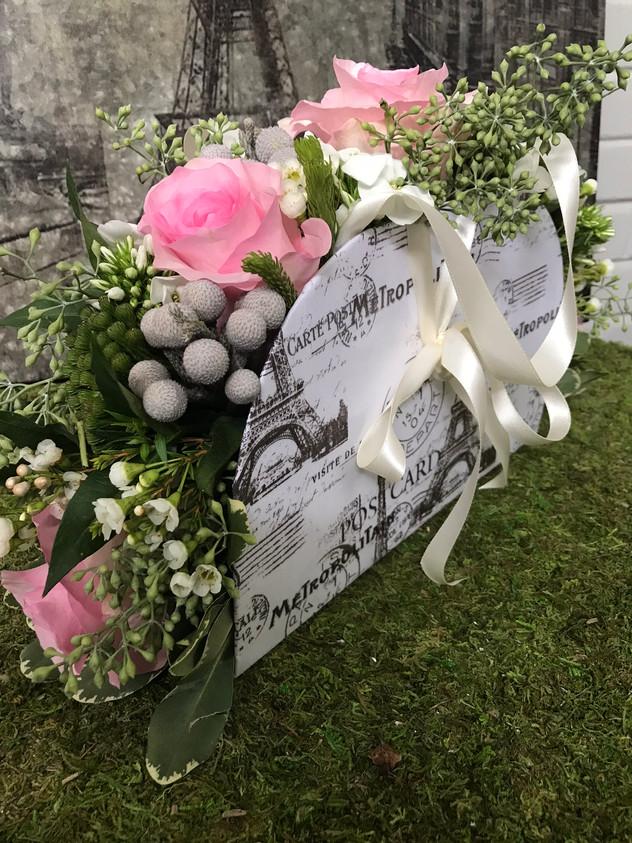 Flower purse arrangement