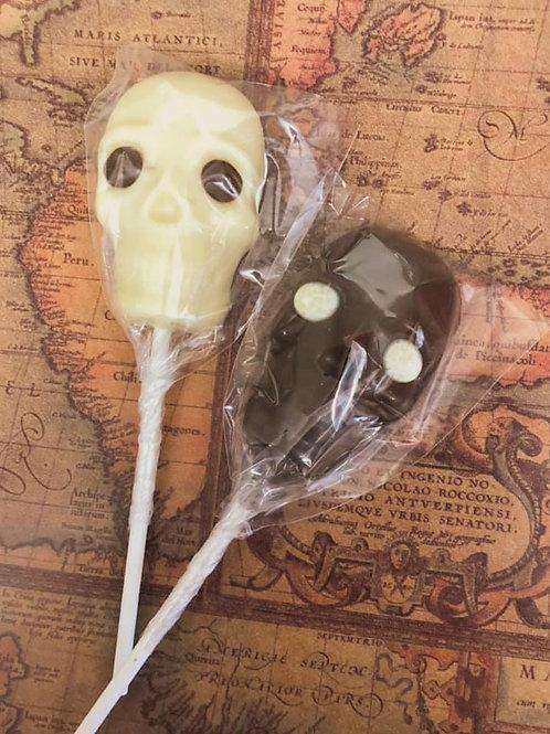 Spooky Salem Skull Pops