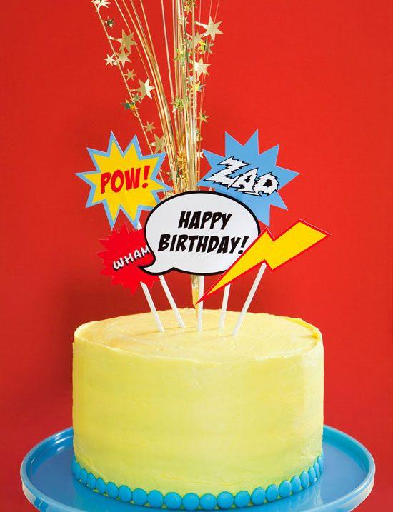 happy birthday taart superhelden themakist thuis