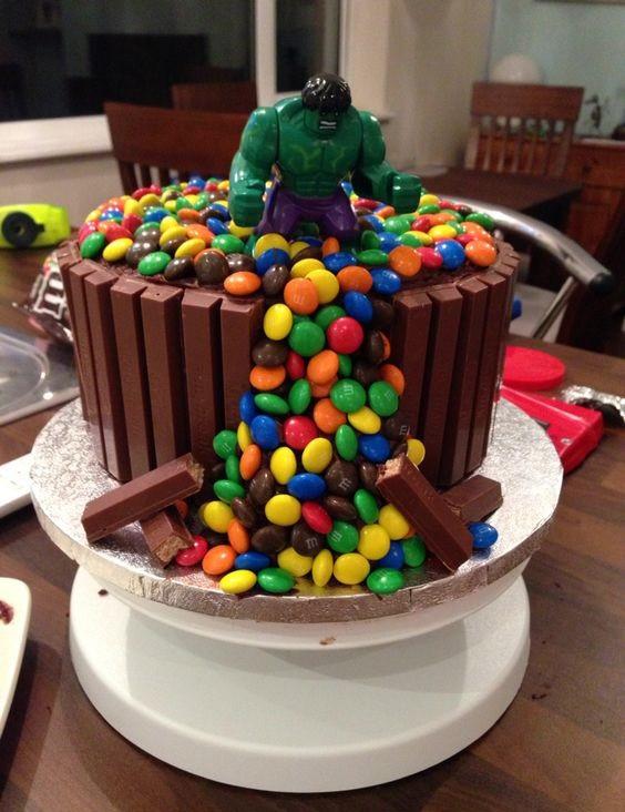 hulk superhelden taart feestje kinderen themakist