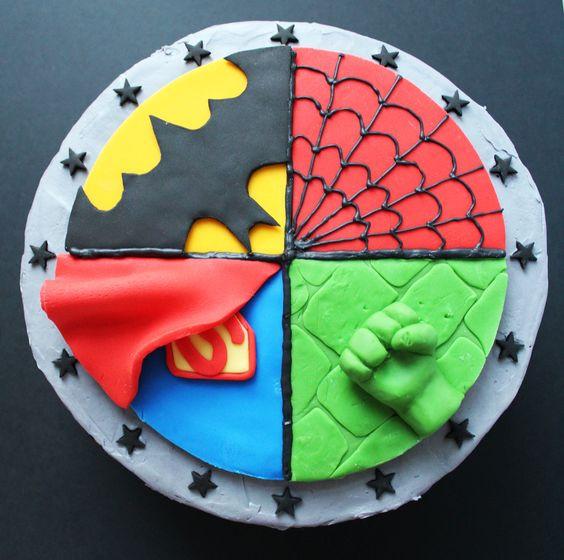 superhelden taart superheldenfeestje thema themakist thuis