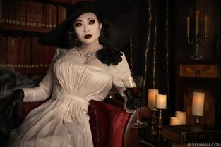 Lady Dimitrescu