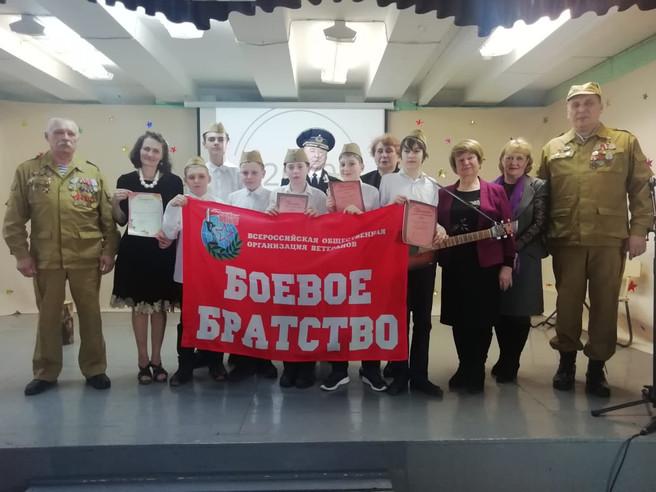 В Саяногорске прошел школьный спектакль «Песня о Серёге»