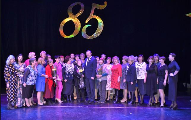 Черногорская школа № 7 отпраздновала свое 85-летие