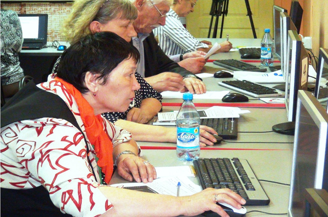 Чемпионат по компьютерной грамотности среди пенсионеров — это не конкурс, скорее — социальный проект