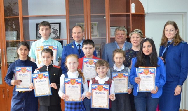 В прокуратуре г. Саяногорска подведены итоги конкурса «Моя ПОБЕДА»