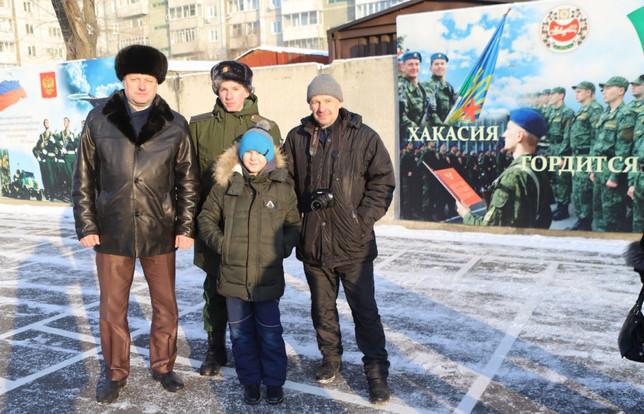 Хакасия отправила призывников для прохождения военной службу в город Ульяновск