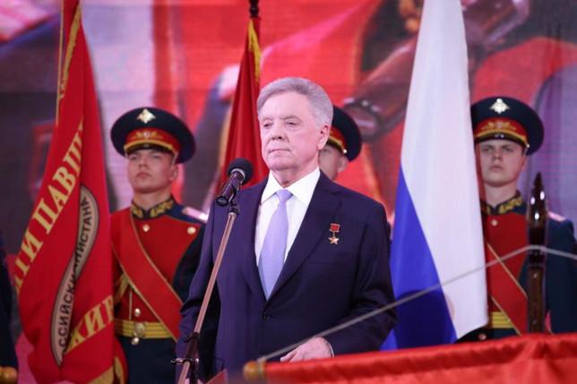 Владимир Путин наградил Бориса Громова орденом «За заслуги перед Отечеством» I степени