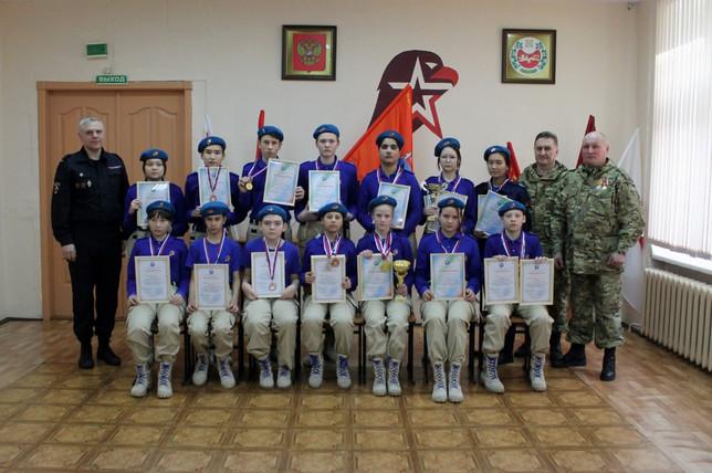 В Усть-Абаканском районе прошел спортивный праздник посвященный Дню защитника Отечества.