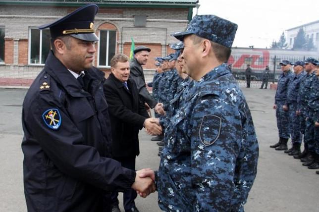 25 апреля 2019 года в Хакасии торжественно проводили сводный отряд полиции в служебную командировку