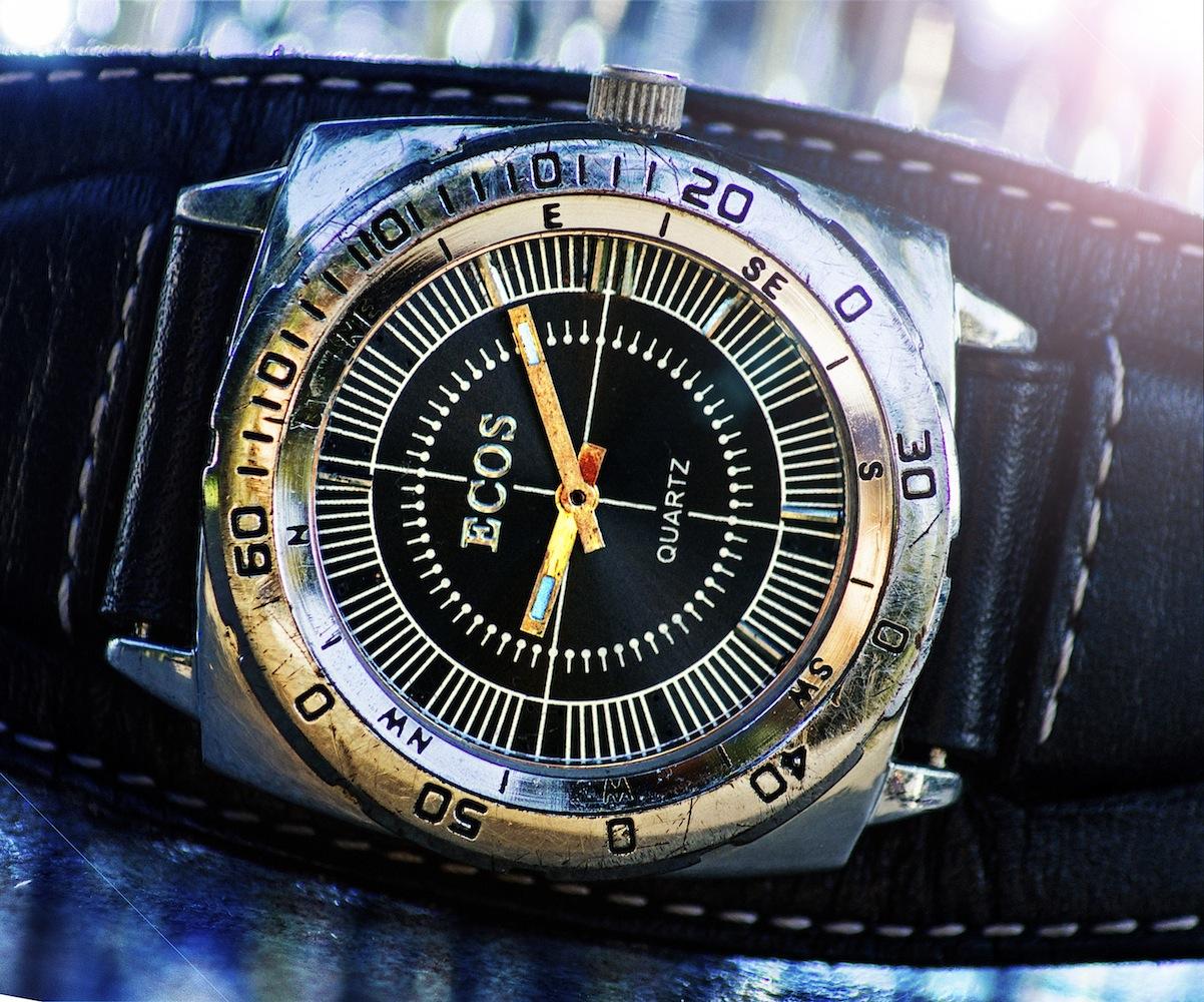 Reloj Ecos 2.jpg