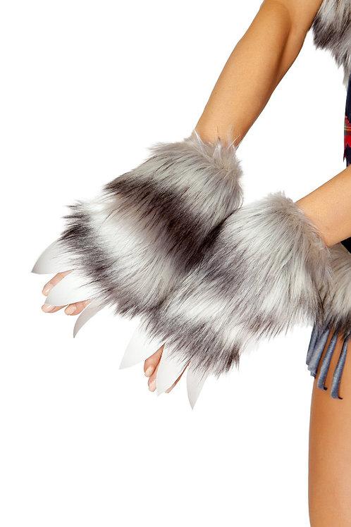 4806 - Pair of Wolf Gloves