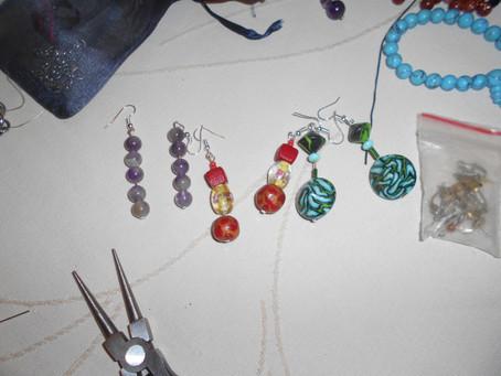 L'atelier créatif de recyclage des bijoux oubliés !