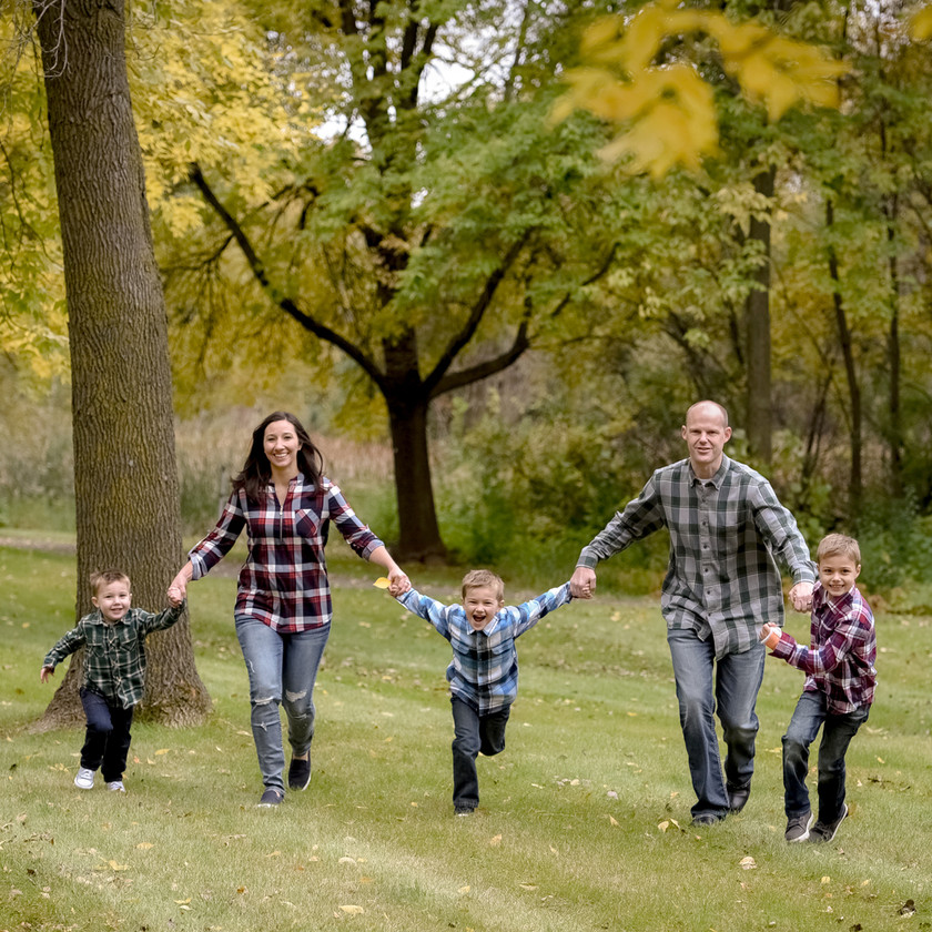 Fall Family Photo Shoot in Maple Grove, MN