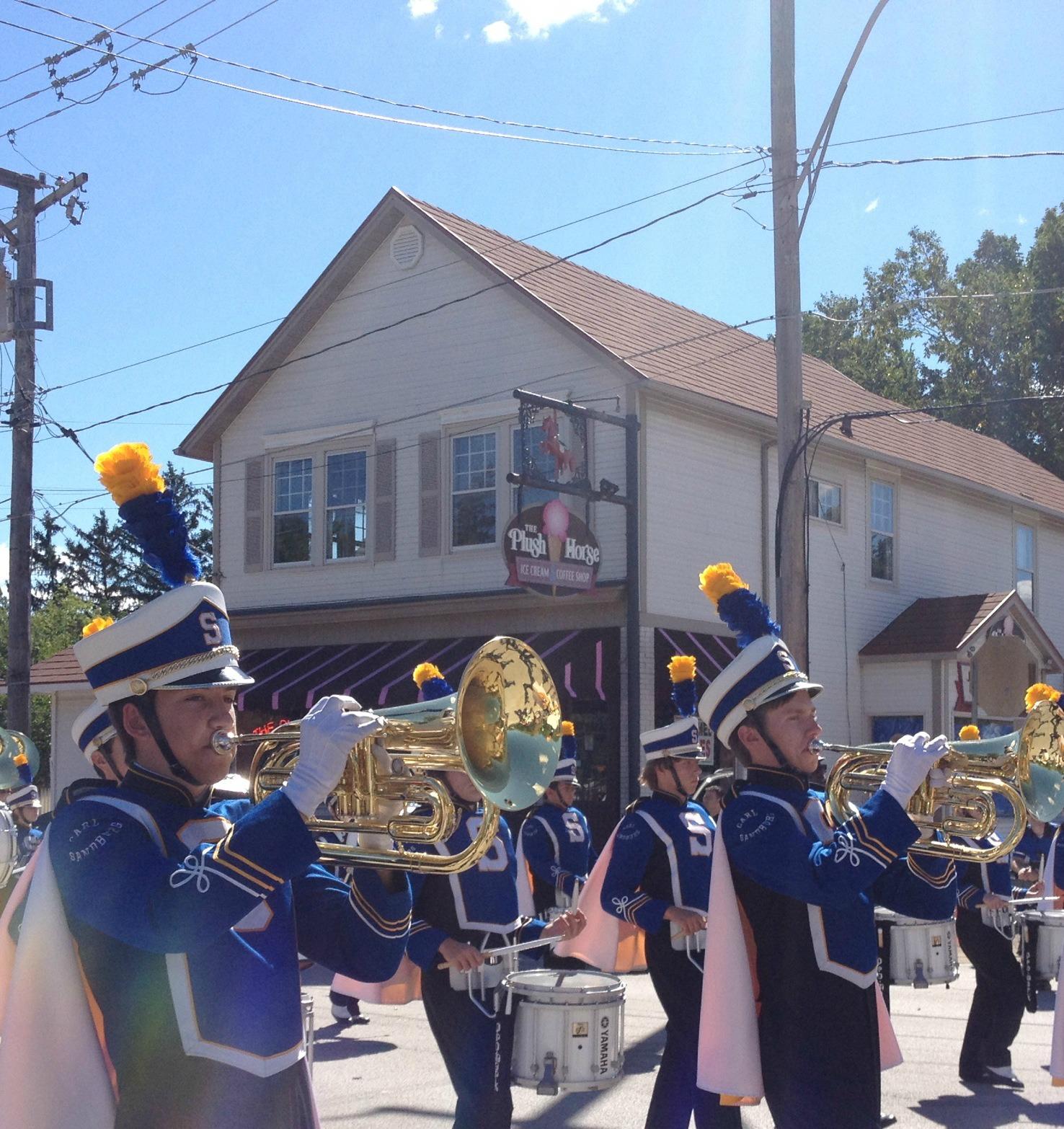 Parade - Carl Sandburg marching band