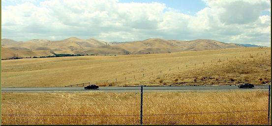 1599px-Sacramento_Valley%2C_CA_8-10_(863