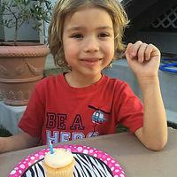 ashton cupcake.JPG