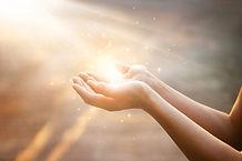 Les mains qui soigent | Instant Point Zéro