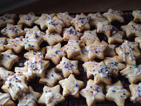 Slimming World Low Syn Christmas Star Cookies.