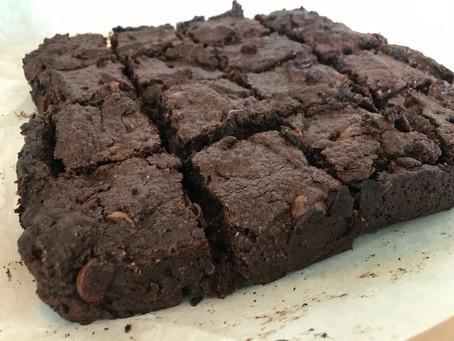 Amazing Cakes #6: Gluten Free Chocolate Chip Brownies