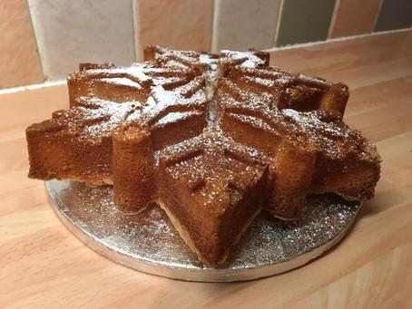 Sugar and Crumbs' Natural Icing Sugar Winter Flavours- Creme Brulee Snowflake Bundt and Cupcak