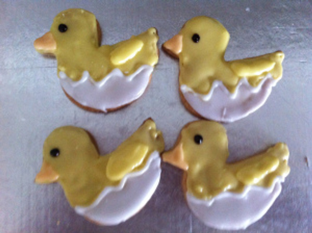 Easter Chick Cookies newly hatched from their eggs!