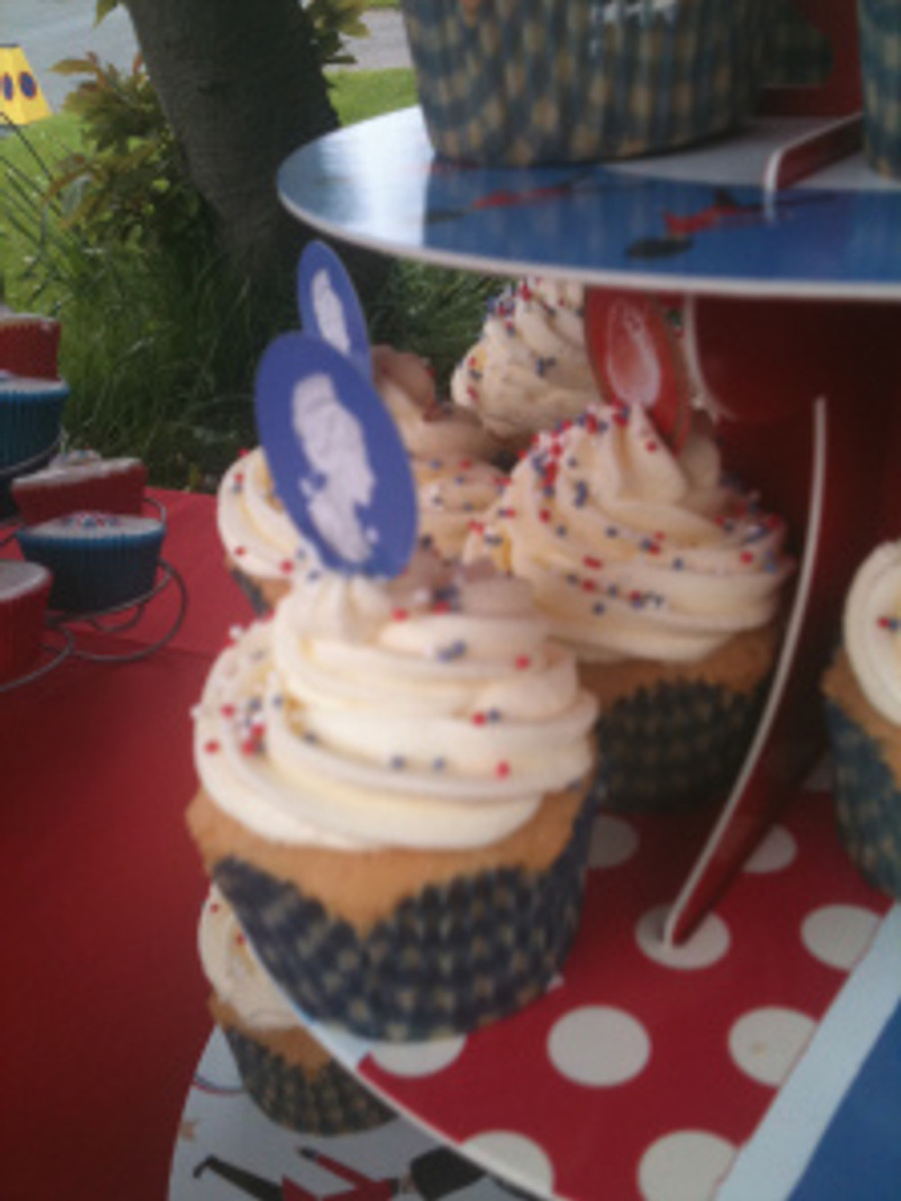 These Queen decorated cupcakes were popular with young and old alike.