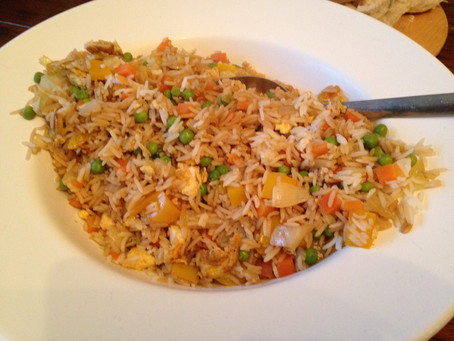 Colourful Chinese Egg Fried Rice #LittleKitchen