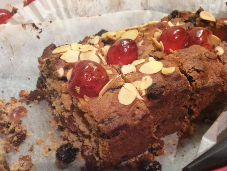 Christmas Leftovers- Mincemeat Loaf Cake.