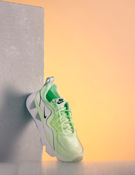 Shooting Sneakers - Simon Diebold & Gabr
